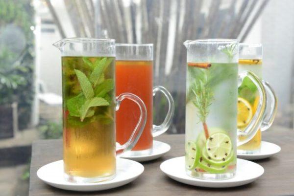 Receitas de Águas aromatizadas refrescantes