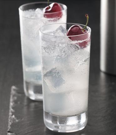 Cherry-Noir-Cherry-Slice-Cocktail-Recipe