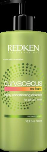 Limpeza para todos os tipos de cabelos, com três fórmulas sem sulfato, sem parabenos e não agressivas que oferecem diferentes níveis de espuma e hidratação para que todas possam encontrar o produto certo para o seu tipo de cacho:
