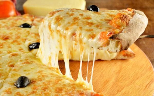 Pizza sem glúten e lactose